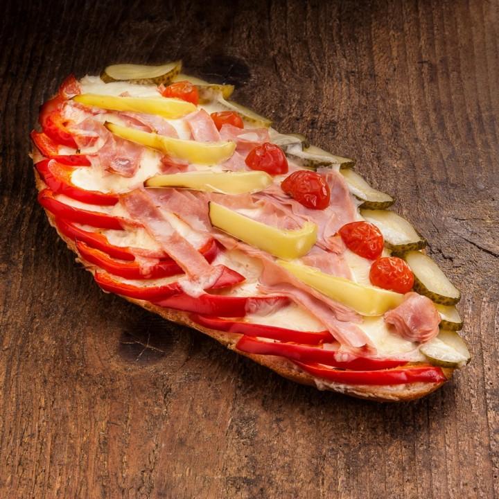 Focaccia šunková se zeleninou